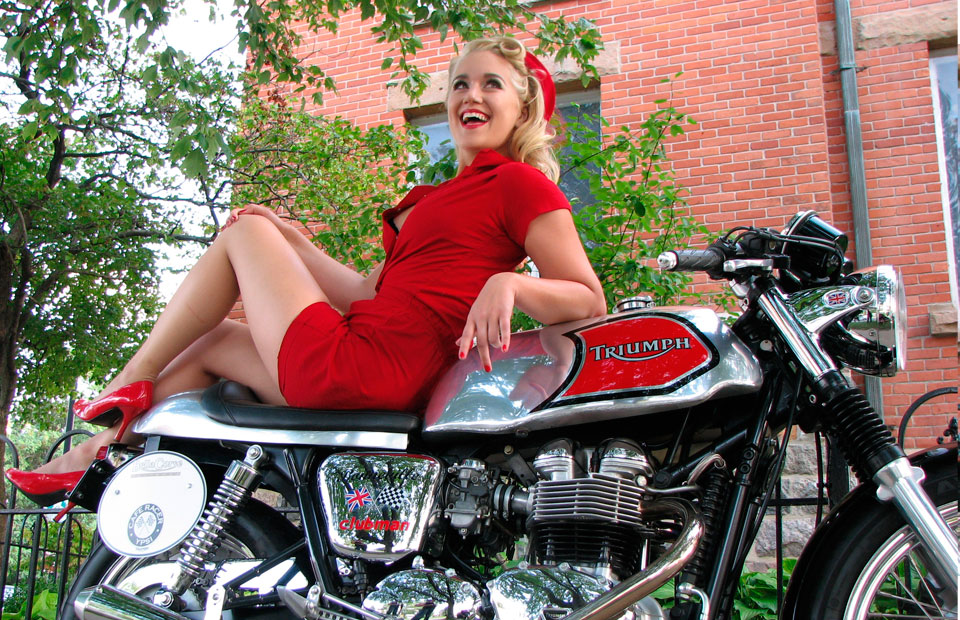 Pinup on Triumph